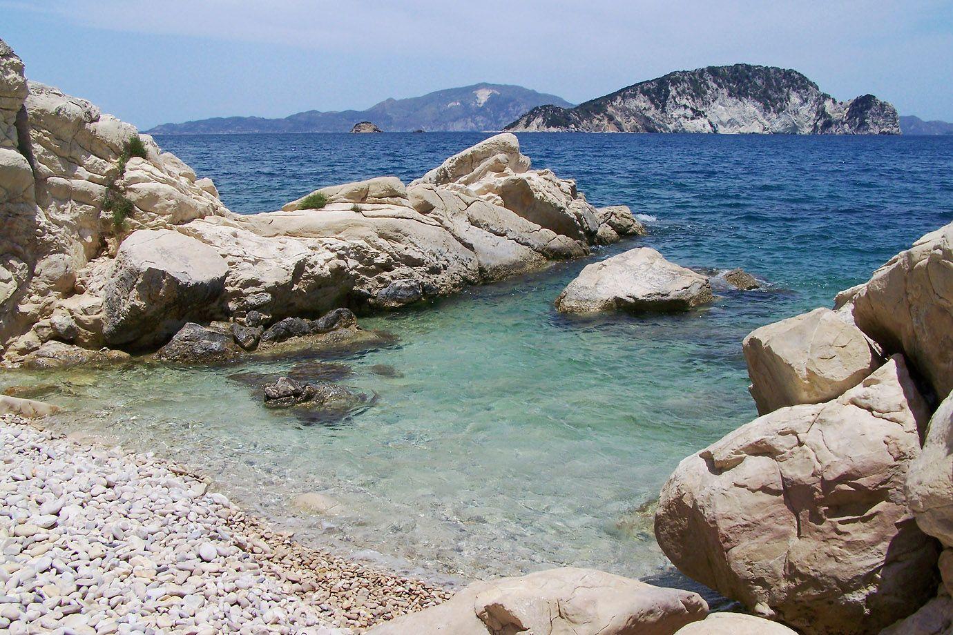 Schwanzritt Auf Felsen, Am Meer